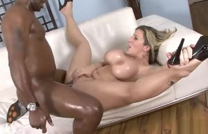 Sara Jay luvs his ebony spunk-pump