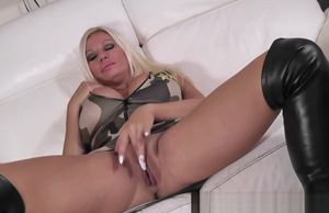 Huge-boobed Brit  Bj's Phat Man meat