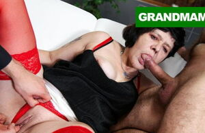 2 Brothers Poke a Insatiable Grannie