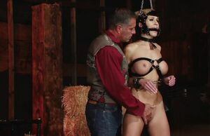 Randy Moore ponygirl instructing