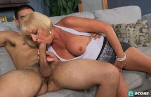 Scarlet And The Blessed Hotwife -..